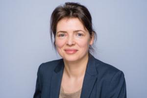 Frau Schley, Bereich Kosmetik Cosichem AG